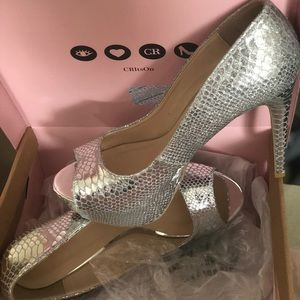 Charlotte Russe open toe shoe BRAND NEW SIZE 9